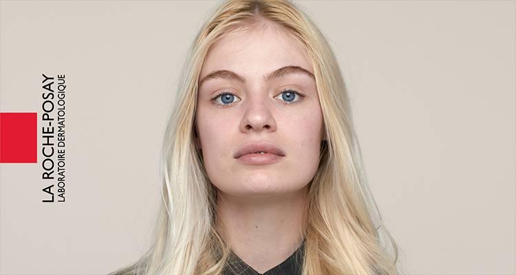 La Roche Posay Sensitive Toleriane Make up Light Beige Chloe Before